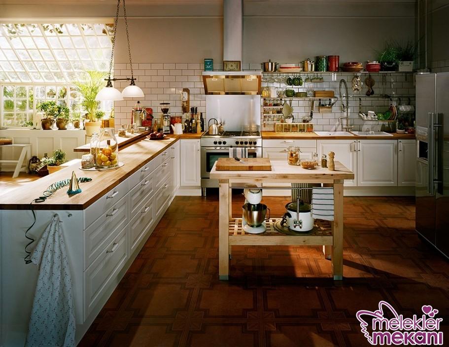 Country mutfak dekorasyon fikirleri ile 2017 de özel görünümlü mutfak alanları yakalayabilirsiniz.