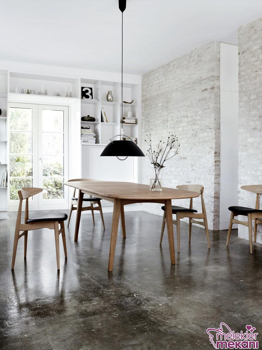 Ahşap sandalye tasarımları 2017 koleksiyonundan faydalanarak ev dekorasyonunuzda ahşap bir mobilya grubu seçimiyle değişim elde edebilirsiniz.